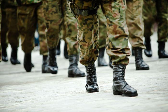 Mense militari