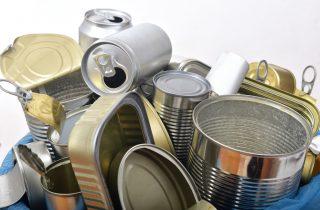 L'alluminio inquina meno della plastica, siamo sicuri